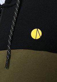 Pier One - Zip-up hoodie - olive - 5