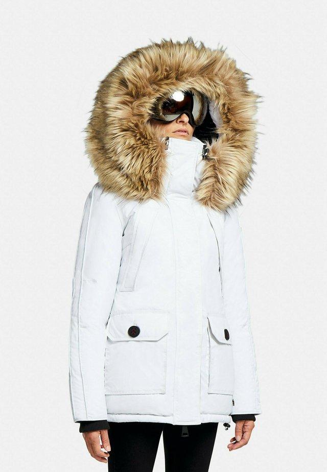 MOUNTAIN CLASSIC - Gewatteerde jas - off white
