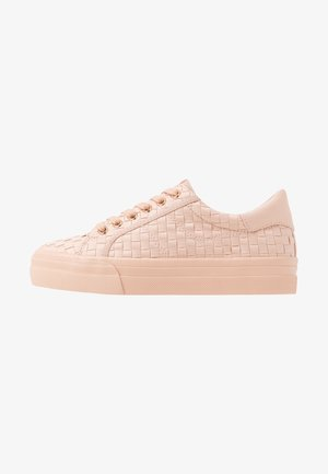 WOMS LACE-UP - Tenisky - rose