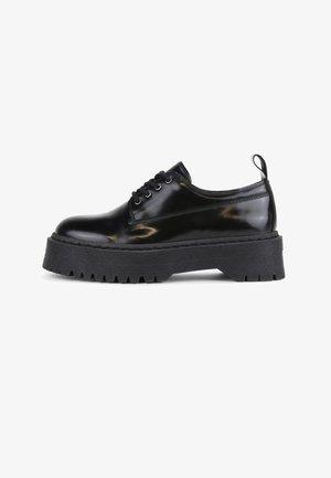 COMMAND DERBY - Zapatos con cordones - black