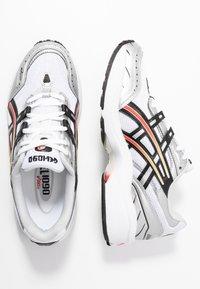 ASICS SportStyle - GEL-1090 - Zapatillas - white/black - 5