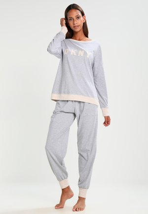 Pyjama set - pale grey heather