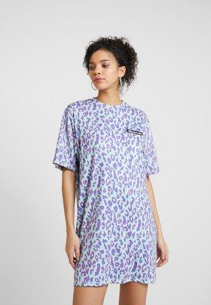 MOTTA - Žerzejové šaty - blue