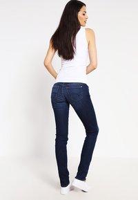 Mavi - LINDY - Slim fit jeans - dark indigo stretch - 2