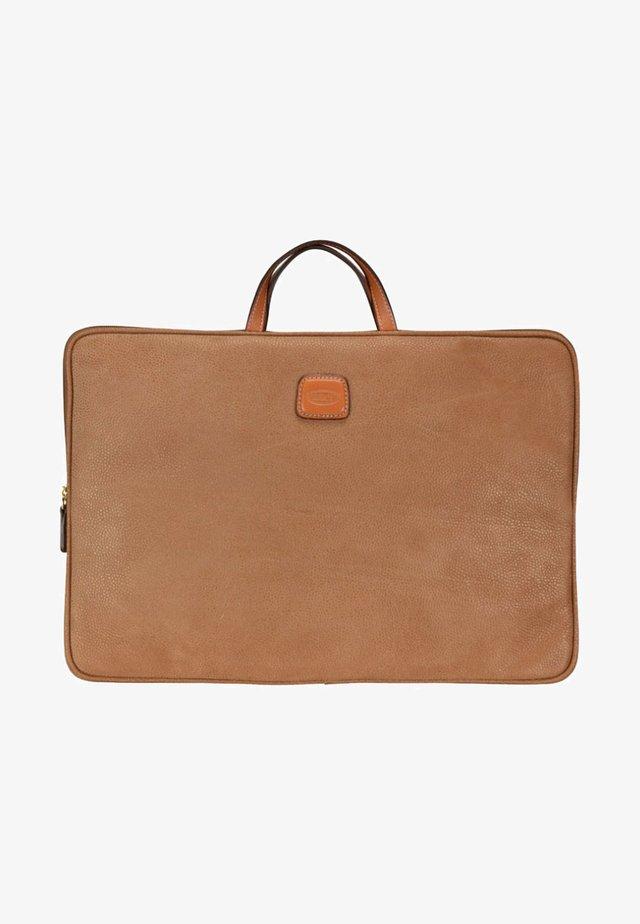 Briefcase - camel
