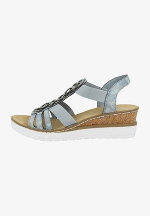 Sandály na klínu - heaven