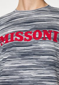 Missoni - SHORT SLEEVE - T-shirt print - bianco/blu - 3