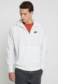 Nike Sportswear - Windbreaker - summit white - 0