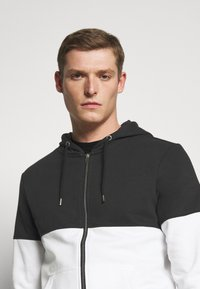 Pier One - Zip-up hoodie - black/white - 4