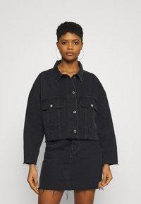 Missguided - PLEAT BACK OVERSIZED 80S JACKET - Denim jacket - black - 0
