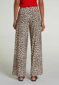 Oui - Trousers - light grey camel - 2