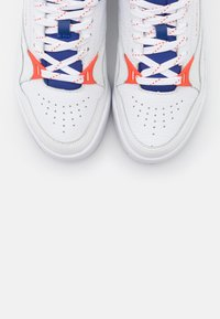 Lacoste - COURT SLAM - Baskets basses - white/dark blue - 5