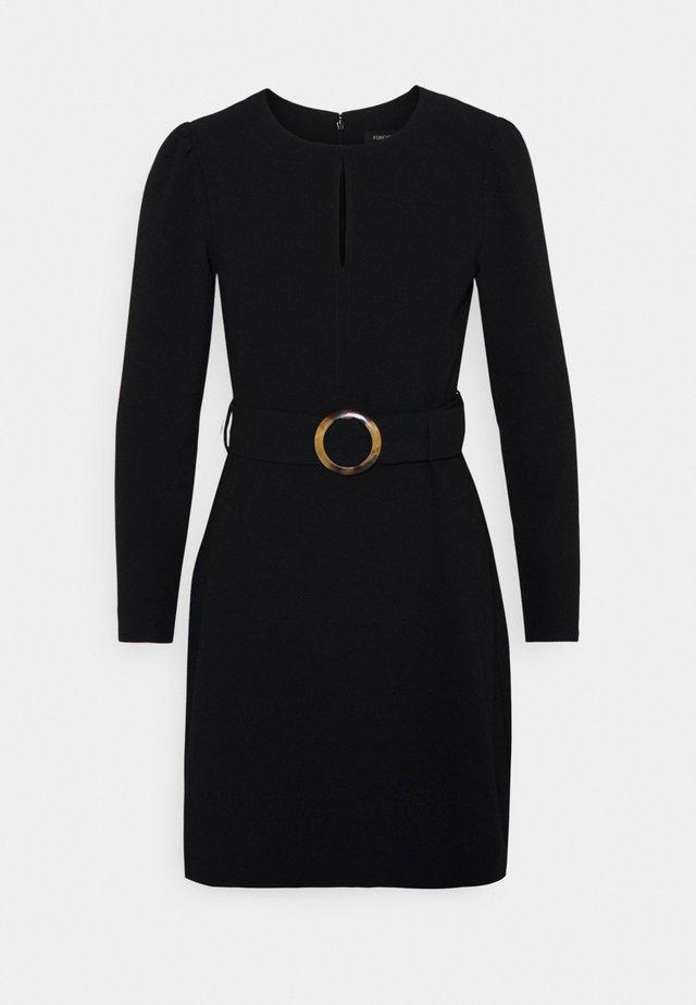 LAURA DRAPE WORKWEAR DRESS - Kotelomekko - black