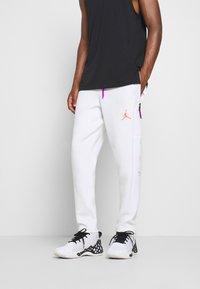 Jordan - AIR PANT - Pantaloni sportivi - white/vivid purple/infrared - 0