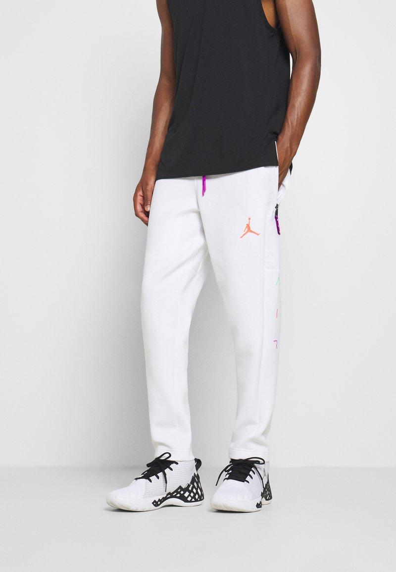Jordan - AIR PANT - Pantaloni sportivi - white/vivid purple/infrared
