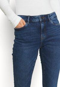 Vero Moda - VMHANNA  - Skinny džíny - medium blue denim - 3