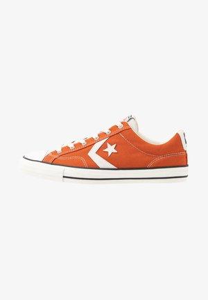 STAR PLAYER - Sneakersy niskie - venetian rust/vaporous gray/egret