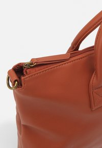 Pier One - UNISEX - Laptop bag - brown - 3