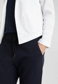 Esprit - KNIT BLAZER - Blazer - white - 3