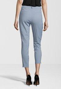 Fiveunits - HOSE ANGELIE ZIP - Trousers - light blue - 1
