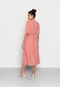 Moss Copenhagen - CLOVER 2/4 DRESS - Day dress - faded rose - 2