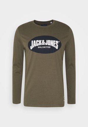 JOR30HISTORY CREW NECK - Camiseta de manga larga - dusty olive/navy