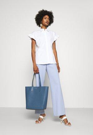 SINCLAIR TOTE - Tote bag - dark blue