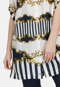 HELMIDGE - Button-down blouse - weiss - 2