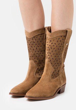 CECILE - Cowboy/Biker boots - cognac