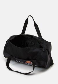 Ellesse - TOFFAN BARREL BAG - Sports bag - black - 2