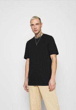 ONSMILLENIUM LIFE TEE - Camiseta básica - black