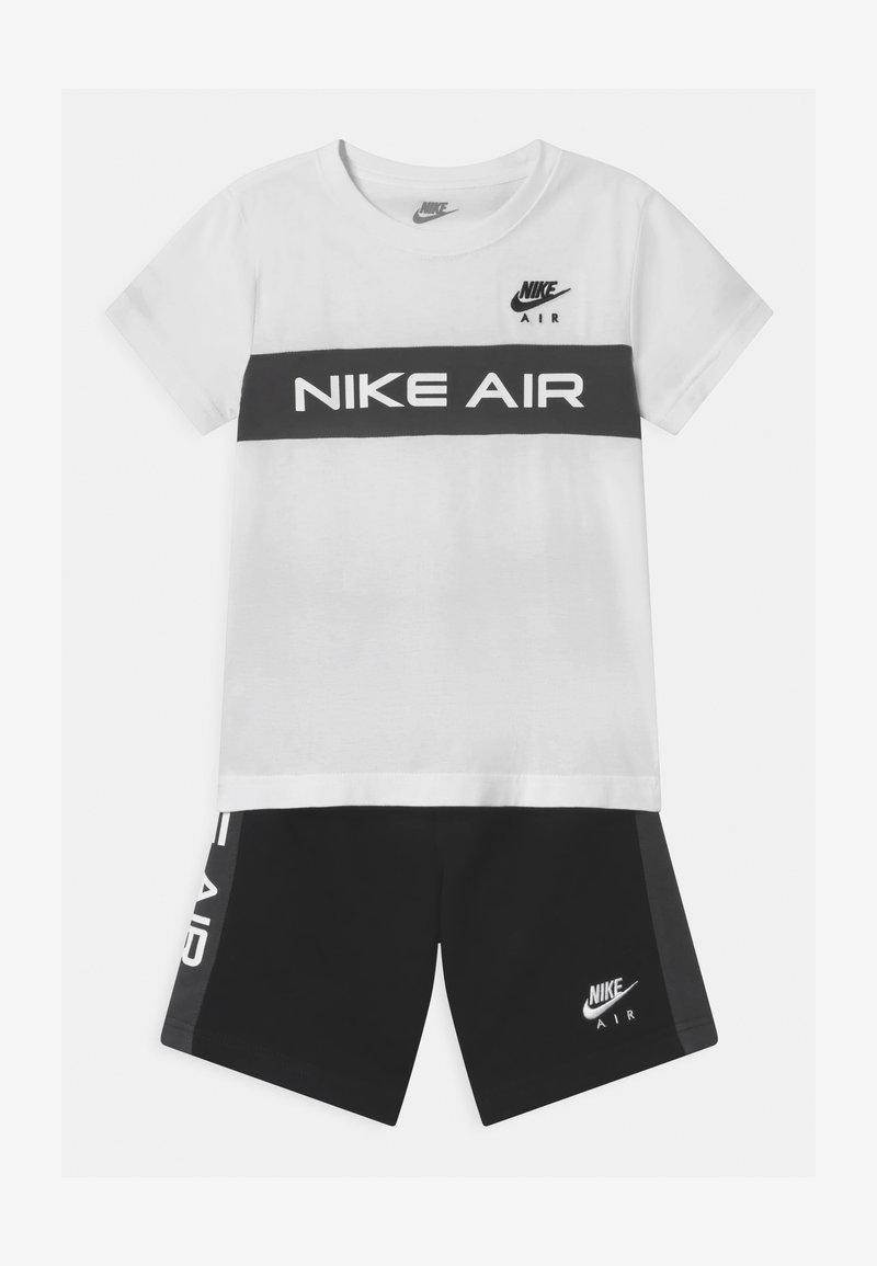 Nike Sportswear - AIR SET  - Pantalones deportivos - black/white