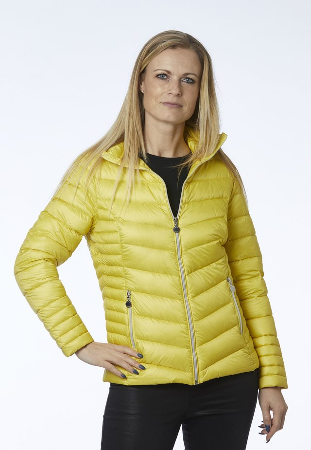 ALLY - Gewatteerde jas - yellow