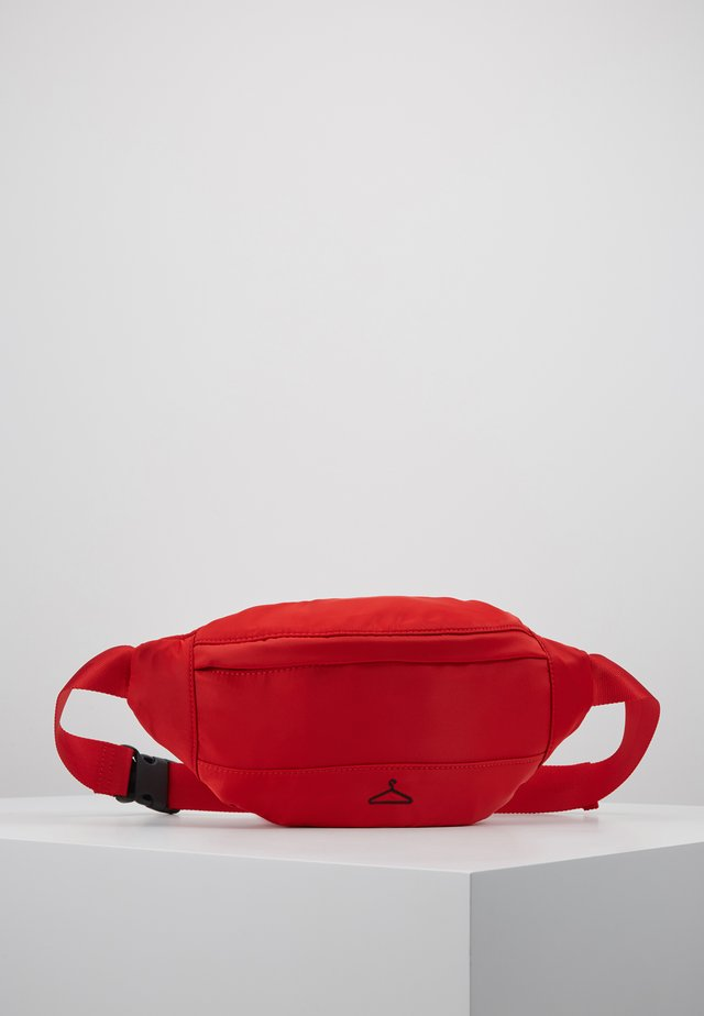WILLOW FANNY PACK - Vyölaukku - red