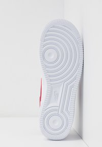 Nike Sportswear - AIR FORCE 1 - Sneakers laag - white/noble red - 6