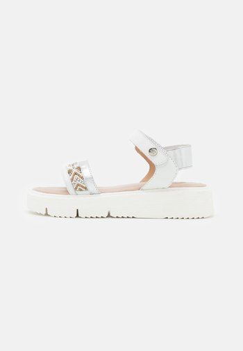 BARRON - Sandals - blanco