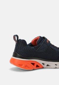 Skechers - GLIDE STEP - Sneakers laag - navy/blue/orange/black - 4
