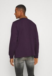 Carhartt WIP - RUGBY - Polo - boysenberry/hamilton brown/white - 2