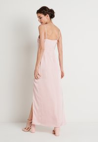 NA-KD - HIGH SLIT DRESS - Maxi šaty - dusty pink - 2