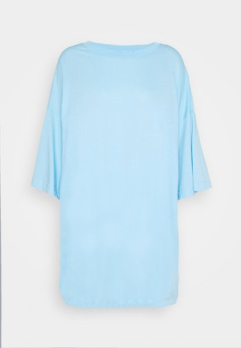 HUGE - Jednoduché triko - light blue