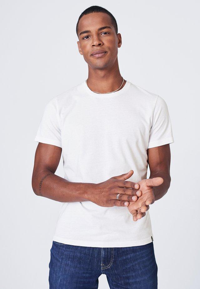 MIT NECKTAPE - Basic T-shirt - white