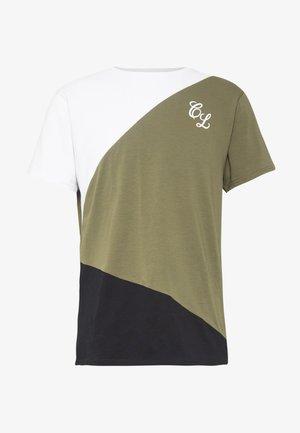 TRIO CUT SEW TEE - T-shirt print - khaki