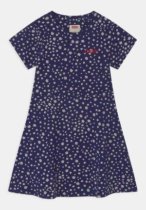 Žerzejové šaty - medieval blue