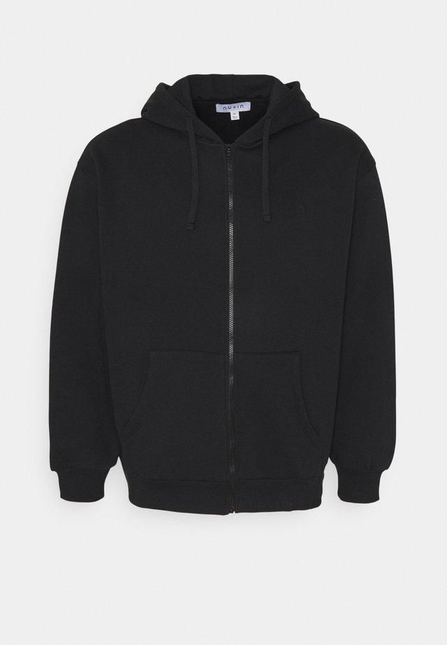 PLUS ZIP UP HOODIE - veste en sweat zippée - black