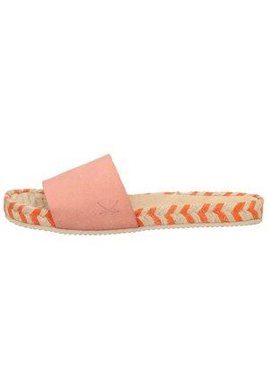 SANSIBAR SHOES PANTOLETTEN - Clogs - pink 77