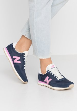 WL720 - Matalavartiset tennarit - navy/pink