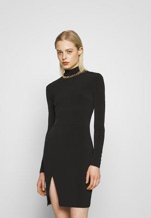 THIGH SPLIT DRESS - Pouzdrové šaty - black
