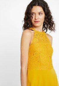 mint&berry - Day dress - golden yellow - 5