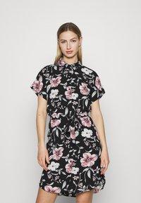 Vero Moda - VMSAHANNA DRESS - Košilové šaty - black - 0