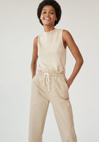 Mango - LOOSE - Jeansy Relaxed Fit - beige - 1